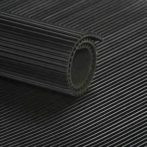 Tapis à Stries Fines Noir   [EP 3 mm]   Vendu au Mètre